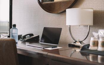 5-work-from-hotel-strategies-to-attract-remote-workers