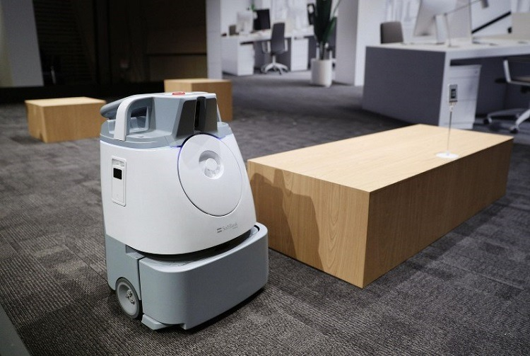 Why Commercial Cleaning Robots are the New Standard for 2021